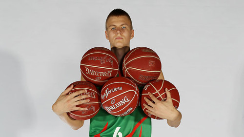In a stunning out of the box management move sure to show everyone how forward thinking he is, Phil Jackson will have Kristaps Porzingis pull double duty as a member of the Knicks AND the Knicks' ball boy.